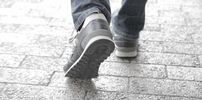 中年男子 靴